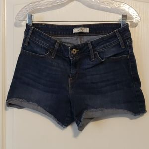 Levi's Dark Denim Shorts Size 6